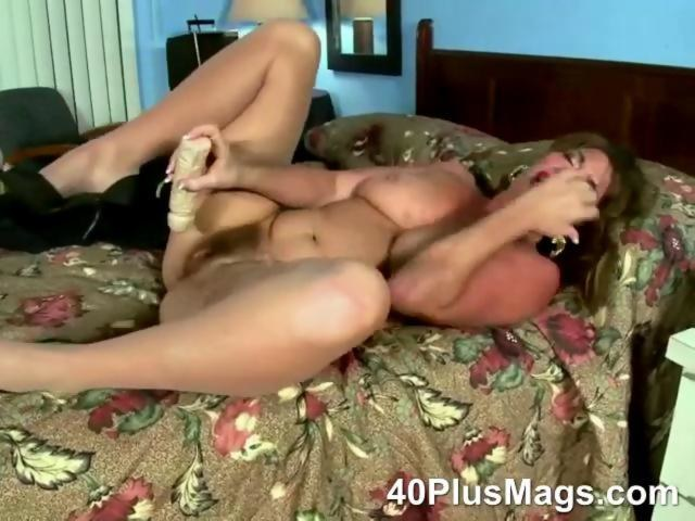 Mature Huge Natural Tits Solo