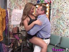 Sucking tranny spunks