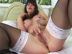 British hot MILF Toni Lace
