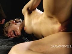 Young slaves pussy spanked