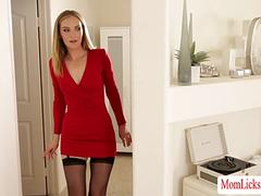 Candence and Mona loves pussy fingering