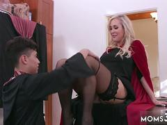 Mom associates companion lap dance Halloween Special With A Threesome
