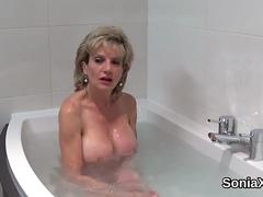 Cheating english mature lady sonia displays her massive boobies