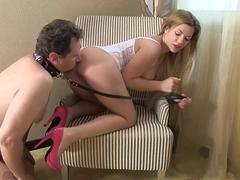 Glamour Girls order guys to lick their ass