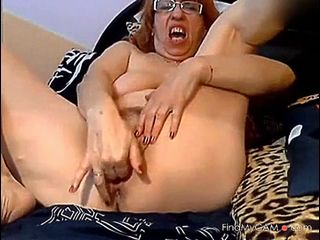 Video 898270502: solo granny webcam, solo amateur fingering, granny cam