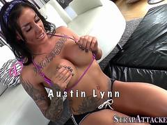Tattooed titfucking milf