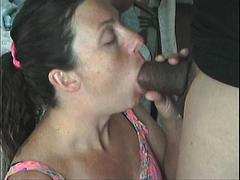 Amateur couple -  Watch wife deep throating collection 2 - dAm cArds
