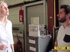 I fucked a hot shift manager in a warehouse