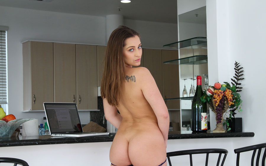Dani Daniels Is Curvy And Natural Brunette Amour Angels 1